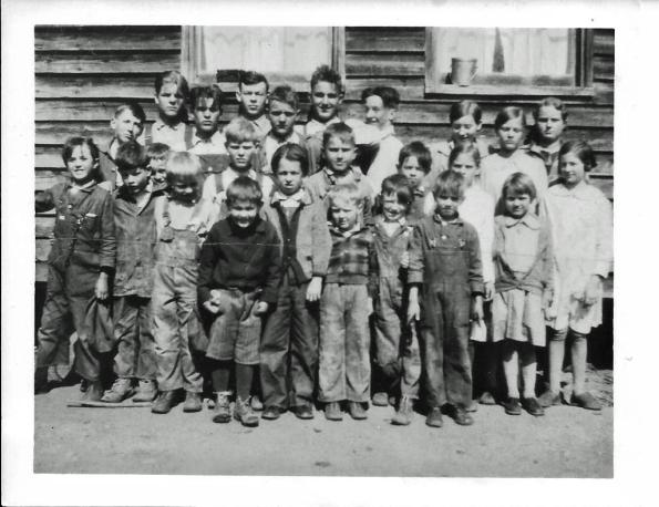 SRR_Beesville School Picture 1920s